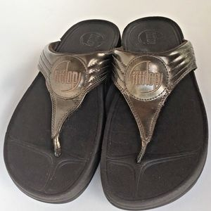 Fitflop Metallic Gold Thong Sandals Size 7